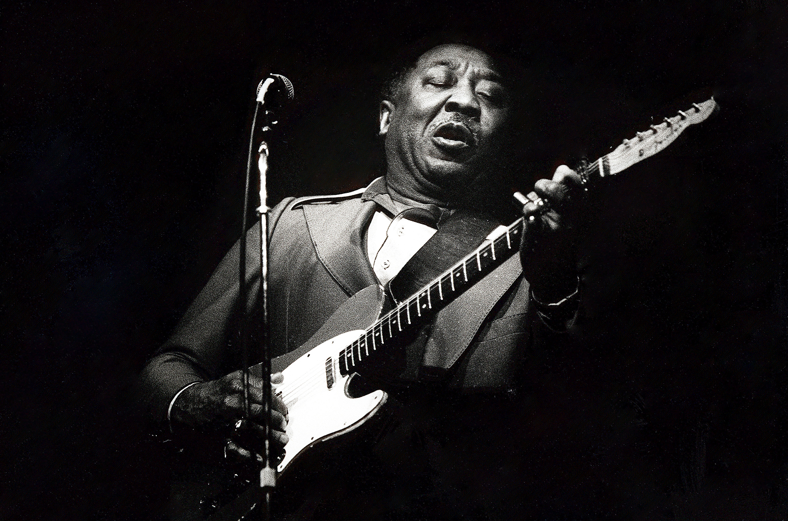"blues genre muddy waters essay Of blues music the muddy waters whom folklorist alan lomax recorded ""signifyin' monkey"" genre 9the from which their kenyon review essay is taken."