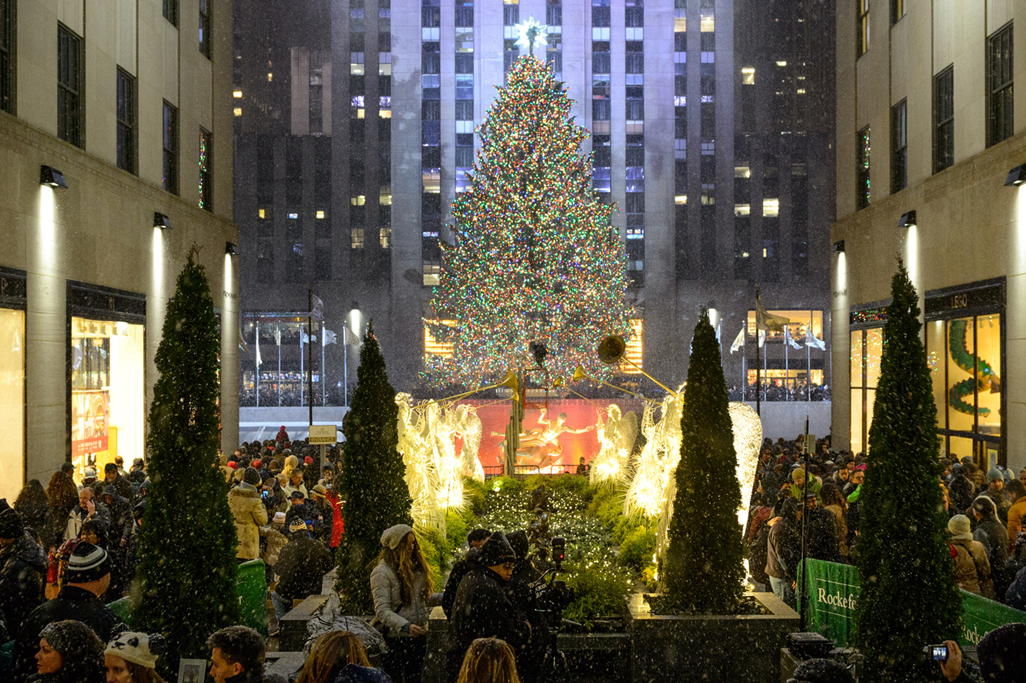 New christmas entertainment for 2017 the culture supplier for New york in christmas 2017